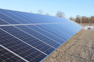 solar-panels-4985353_1920